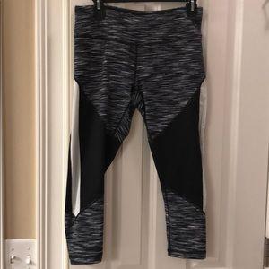 Zella Capri pants
